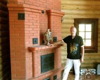 Теплоемкий угловой камин